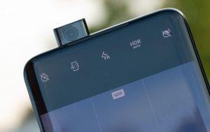 Какие бывают селфи-камеры в смартфонах – выдвижные и встроенные