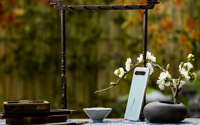Коллекционный смартфон Meizu 17 Pro обойдется дороже iPhone 11 Pro Max