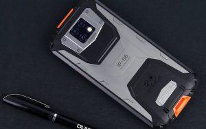 Oukitel представила первый в мире смартфон с функцией стерилизации