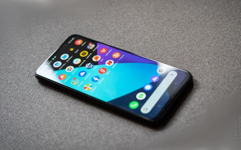 Realme 6 Pro — флагман ценой в 21 000 рублей – чем может привлечь телефон?