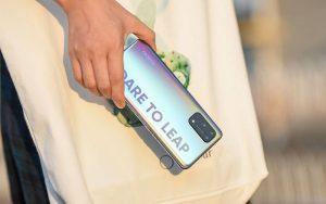 Realme 7 Pro — первый смартфон на российском рынке с поддержкой быстрой зарядки мощностью 65 Вт