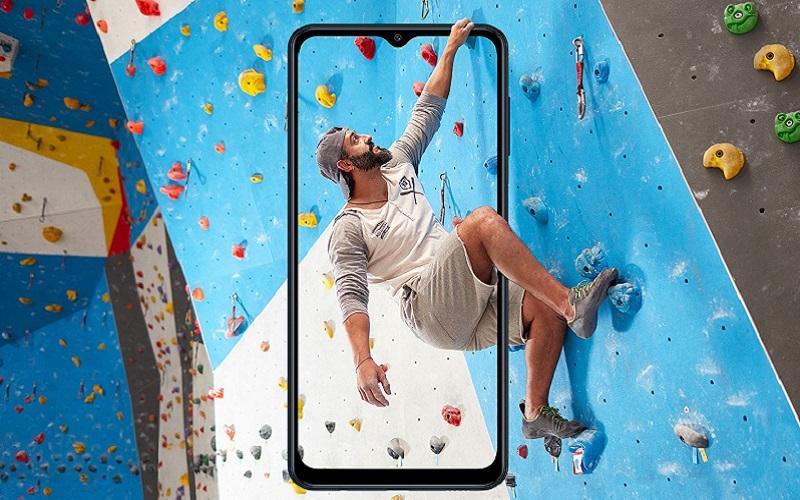 Samsung оценила Galaxy M12 для российского рынка в 12 990 рублей