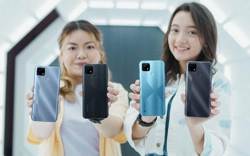 Realme представила недорогой смартфон C25s с емкой батареей и тройной камерой