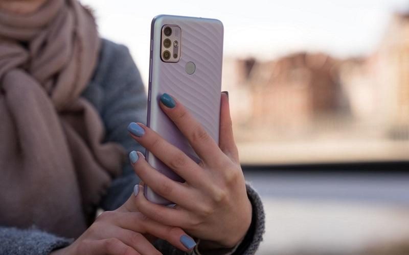 Lenovo оценила смартфон K13 Note с емкой батареей для российских пользователей в 10 тысяч рублей