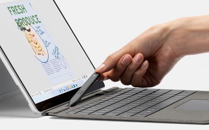 Microsoft представила флагманский планшет Surface Pro 8 с 120-Гц экраном